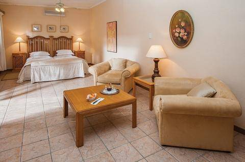 A large de lux suite at Cosmos Cuisine Guesthouse in Addo, Eastern Cape